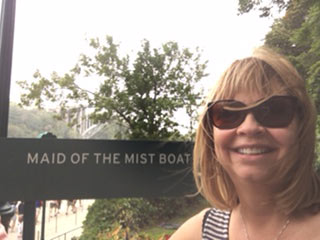 Cindy Kirk 1 Amazon Contemporary Romance Bestseller border=